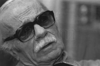 El escritor murió en 2011.